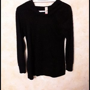 Comfy black hoodie sweater size M